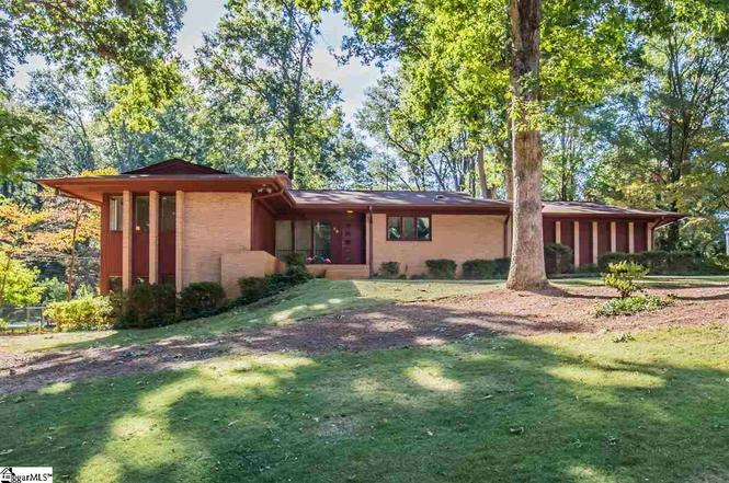 13 W Chaucer Rd, Greenville, SC 29617 | MLS# 1331517 | Redfin