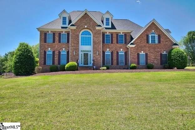 251 W Killarney Lk, Moore, SC 29369 - 4 beds/3 5 baths