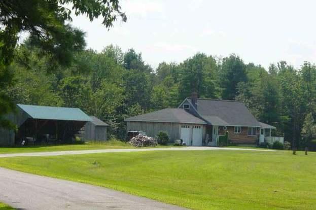 67 Old Farm Rd, Cumberland, ME 04021 - 2 beds/2 baths