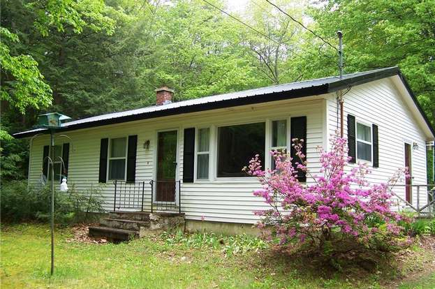 28 Crockett Rd Gorham Me 04038 3 Beds 1 Bath