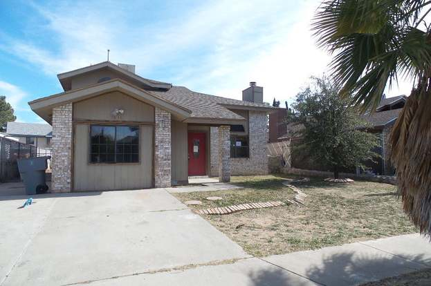 1646 DENNIS BABJACK Dr, El Paso, TX 79936 - 3 beds/1 75 baths
