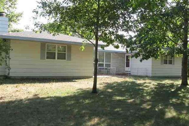 Cool 2011 W Rokeby Rd Lincoln Ne 68523 Mls 21214007 Redfin Home Interior And Landscaping Elinuenasavecom