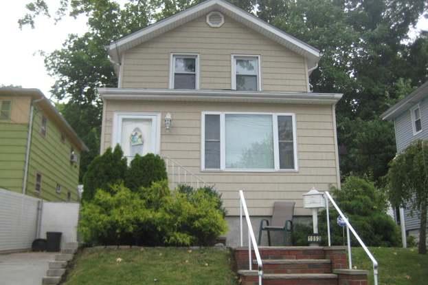 1052 Victory Blvd, Staten Island, NY 10301