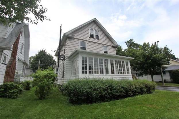 35 Canton St Rochester Ny 14606 Mls R1164096 Redfin