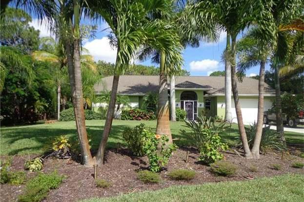 24680 Paradise Rd, Bonita Springs, FL 34135 - 3 beds/2 baths