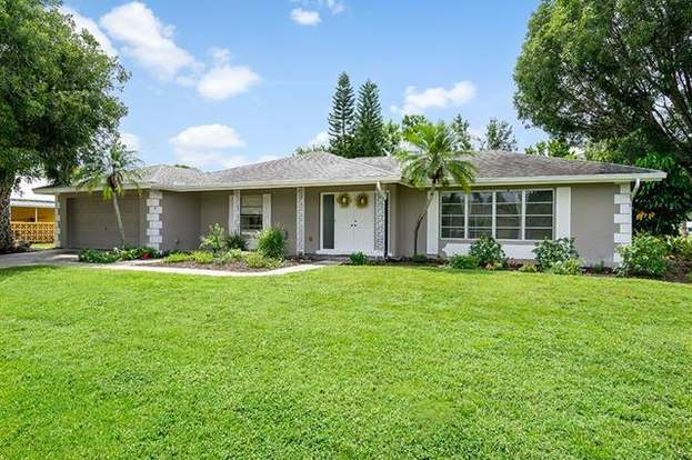 1430 Cumberland Ct, Fort Myers, FL 33919 - 3 beds/2 5 baths