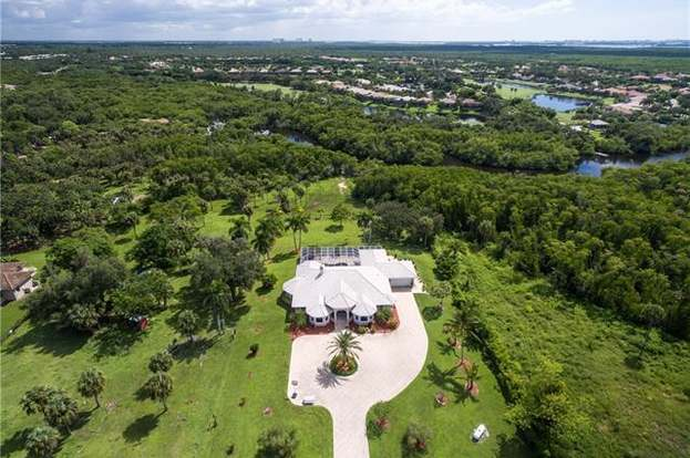 5401 Park Rd, Fort Myers, FL 33908 - 5 beds/3 baths