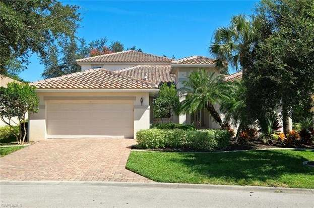 11821 Pine Timber Ln, Fort Myers, FL 33913 - 4 beds/3 baths