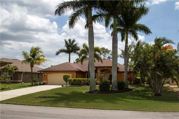 Photos and Property Details for 1919 SE 37TH TER, CAPE CORAL, FL 33904..