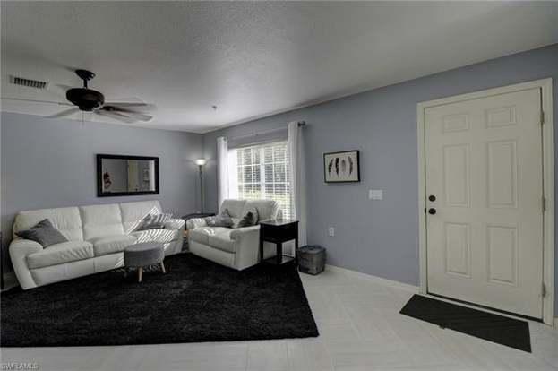 9465 Ivy Brook Run #909, Fort Myers, FL 33913 - 3 beds/2 5 baths