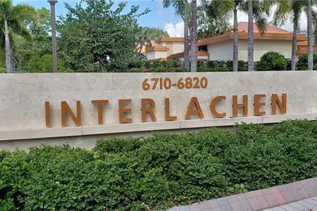 6710 Pelican Bay Blvd #425, Naples, FL 34108 - 3 beds/2 baths