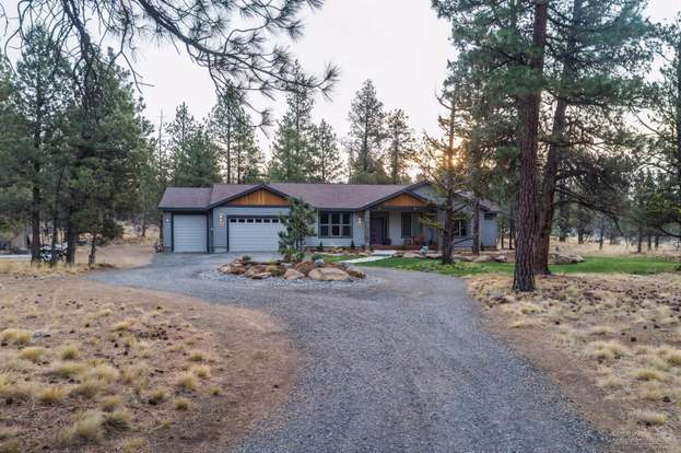 70160 Mustang Dr, Sisters, OR 97759 - 3 beds/2 baths