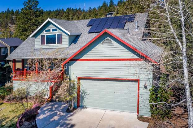 2847 Nw Fairway Heights Dr Bend Or 97703 3 Beds 2 5 Baths