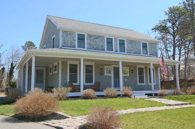 924 old bass river rd dennis ma 02638 mls 21711487 for Classic house bass lines