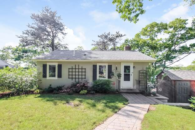 Pleasant 119A Lake Shore Dr Falmouth Ma 02536 2 Beds 1 Bath Home Remodeling Inspirations Genioncuboardxyz