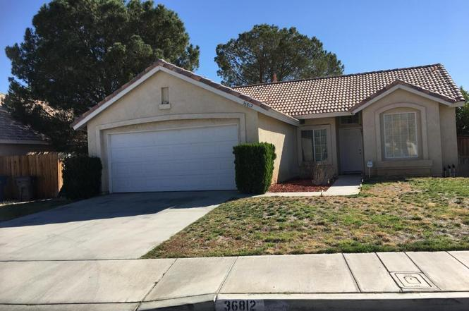 36812 Pine Valley Ct, Palmdale, CA 93552 | MLS# 17009091 ...