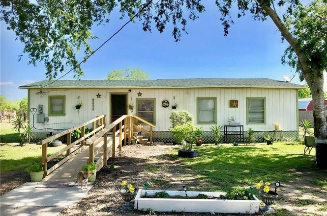 24894 County Road 350, Mathis, TX 78368