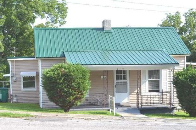 459 W Broadway, Harrodsburg, KY 40330 - 3 beds/1 bath