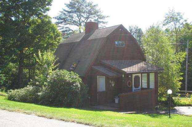 24 Cranmore Rd, North Conway, NH 03860 - 2 beds/1 bath