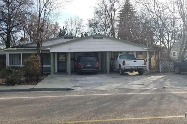 1208 E Linden St, Caldwell, ID 83605 - 8 beds/3 baths
