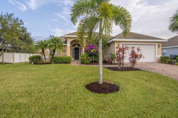 990 Southlakes Way SW, Vero Beach, FL 32968 - 3 beds/2 baths
