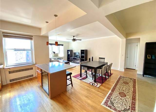 Condo/Co-op at address 70 Strawberry Hill Ave Unit 6-3A, Stamford