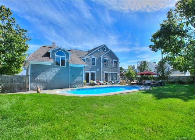 Single Family Residential at address 2 Murvon Ct, Compo Beach