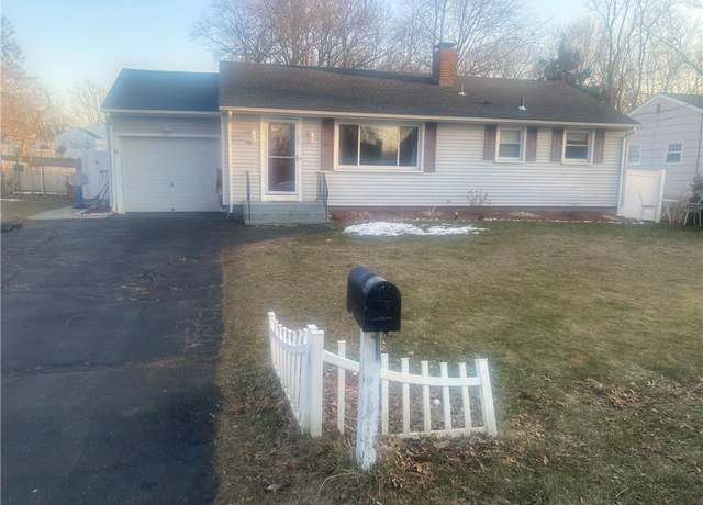 Single Family Residential at address 742 W Main St, West Haven