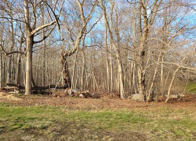 Vacant Land at address 8 W Woods Dr, Clinton