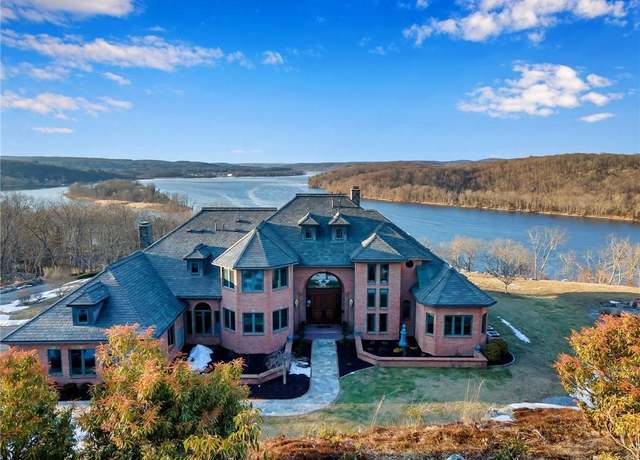 Single Family Residential at address 114 River Rd, Deep River