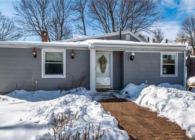 Single Family Residential at address 60 Arlington St, West Shore