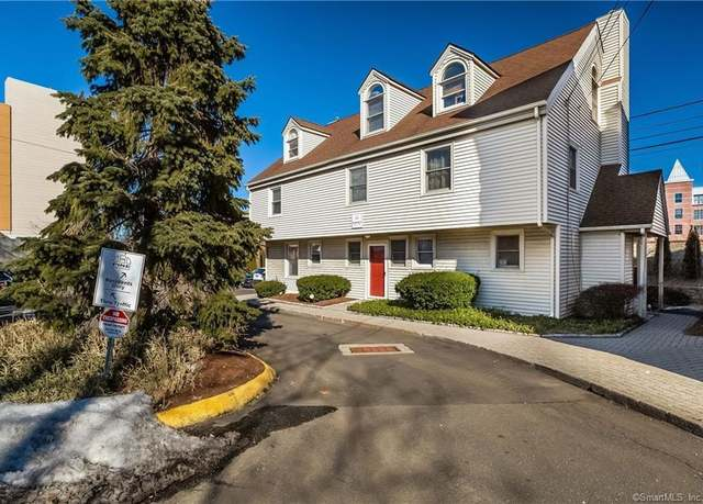 Condo/Co-op at address 32 Pine St Unit 1A, South Norwalk