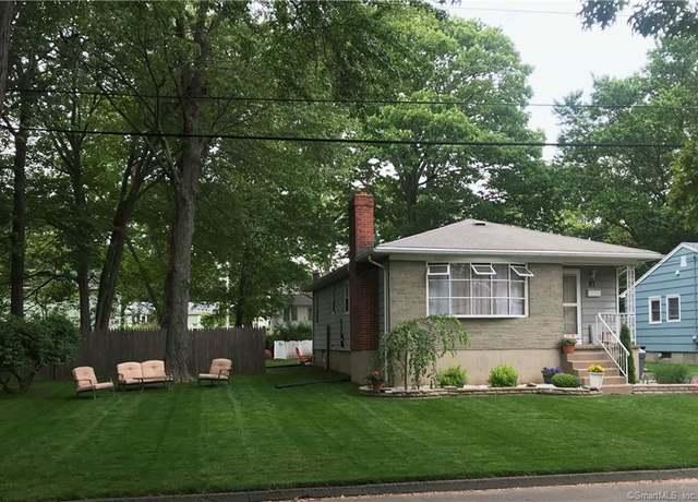 Single Family Residential at address 87 Templeton St, West Shore
