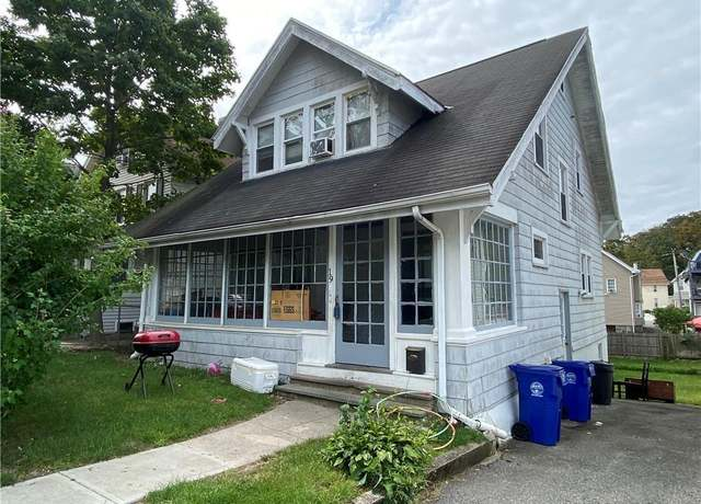 Single Family Residential at address 19 Lincoln Ave, South Norwalk
