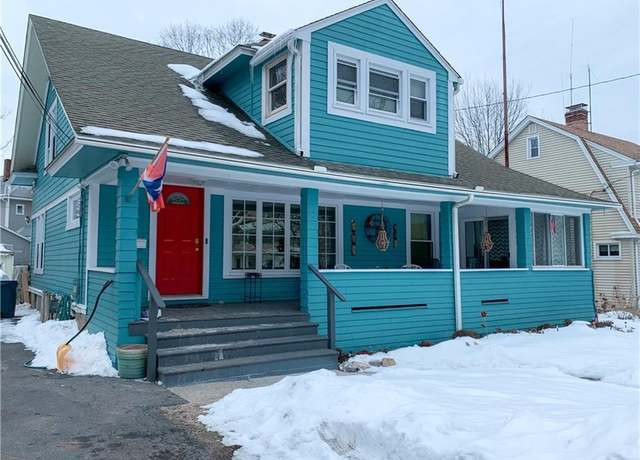 Single Family Residential at address 1594 W Broad St, Stratford