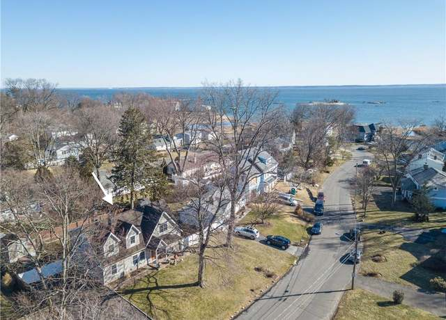 Single Family Residential at address 38 Kenilworth Dr W, Wallack's Point Park