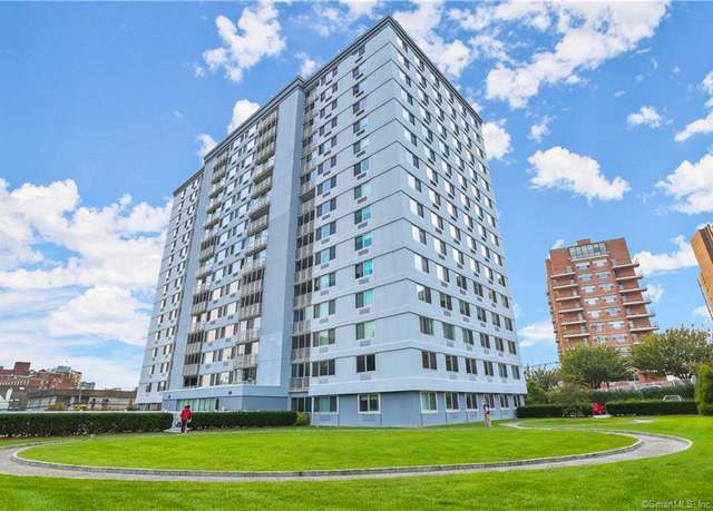 Condo/Co-op at address 1 Strawberry Hill Ave Unit 16C, Stamford
