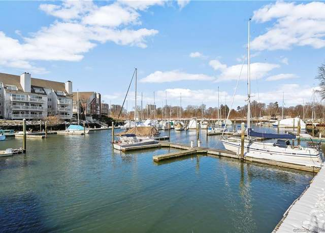 Condo/Co-op at address 89 Harbor Dr #204, West Side