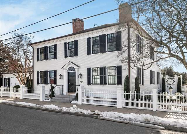 Single Family Residential at address 32 Main St, Essex Village