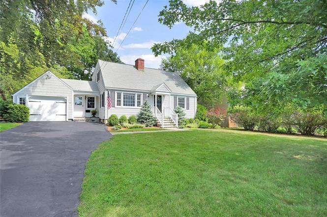 30 Prudence Dr, Stamford, CT 06907