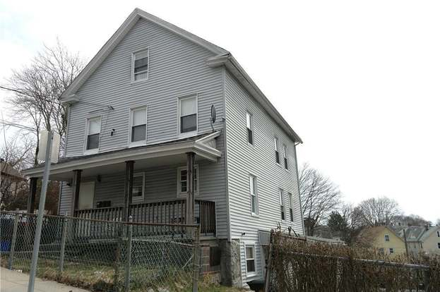 22 Chell St New London Ct 06320 Mls 170074367 Redfin