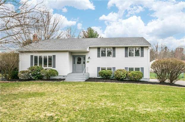 21 Pezzente Ln, East Hartford, CT 06108