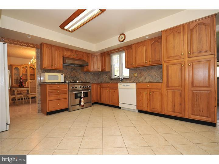 1733 Johnson Rd Plymouth Meeting Pa 19462 Mls 1002564582 Redfin