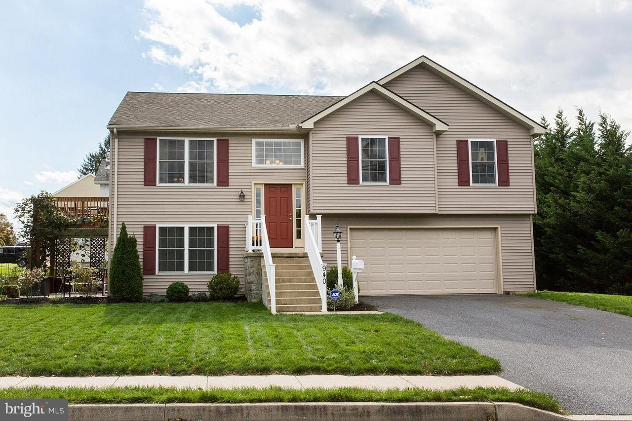 Buy Here Pay Here Lancaster Pa >> 940 Elm Ave, Lancaster, PA 17603 | MLS# 1009958670 | Redfin