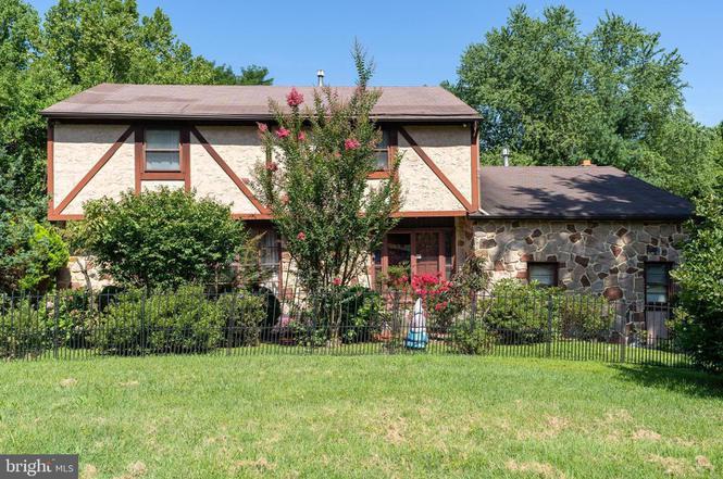 1612 Pennypack Rd, Huntingdon Valley, PA 19006 | MLS ...