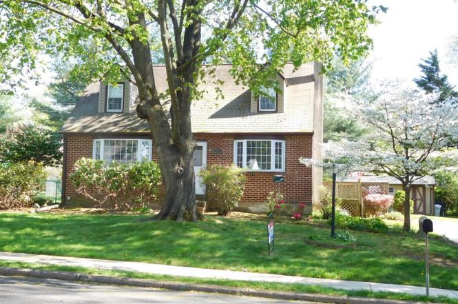 3183 Maple Rd, Huntingdon Valley, PA 19006 | MLS ...