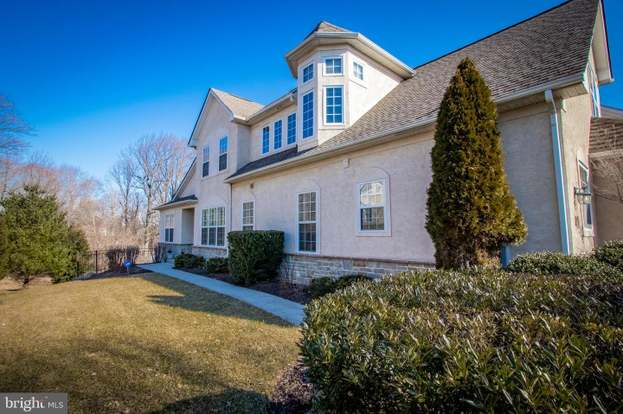 94 Old Barn Dr, West Chester, PA 19382 - 4 beds/3 5 baths