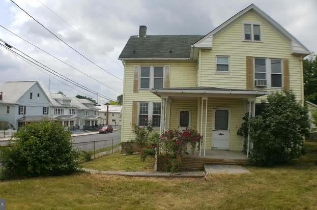519 West Virginia Ave, Martinsburg, WV 25401 - 3 beds/2 baths