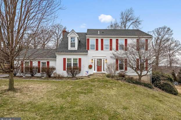 286 Mackenzie Dr, West Chester, PA 19380 - 4 beds/3 baths