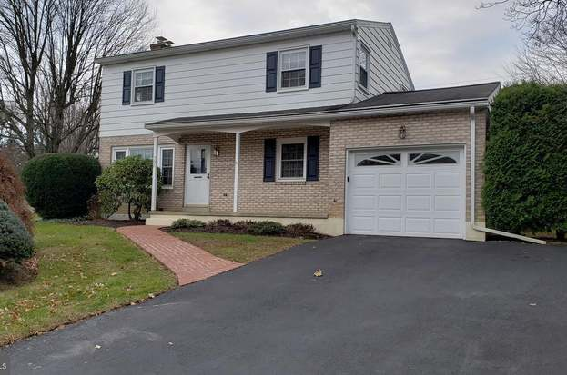 730 Lawrence Dr Emmaus Pa 18049 Mls Palh113062 Redfin